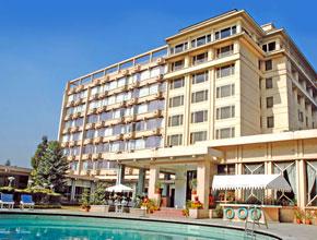 everest_hotel_p1.jpg